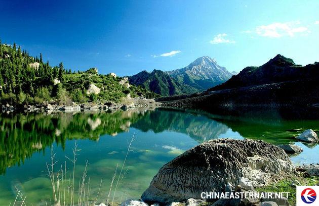 ve may bay di urumqi
