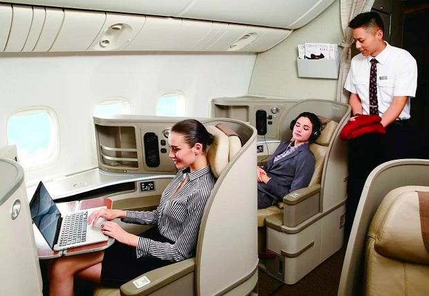 ve-may-bay-china-eastern-airlines-tu-tphcm-di-paris-re-nhat-23-10-2018-5