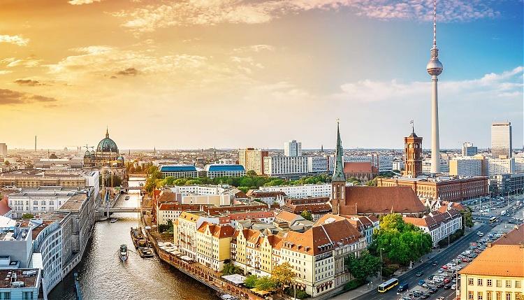 Săn vé máy bay đi Berlin giá rẻ nhất 2019 tại Đại lý China Eastern