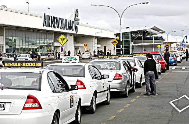 Vé máy bay đi Auckland giá rẻ hãng China Eastern